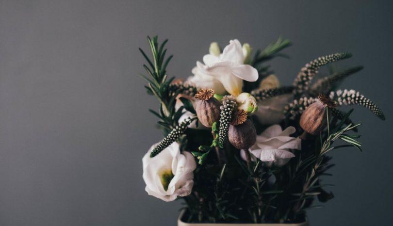 Överraska med blomleverans i Stockholm